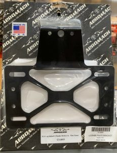 Get rid of the plasticlicenseplate mount that rests against the rear fender on Thunder Stroke model Indians